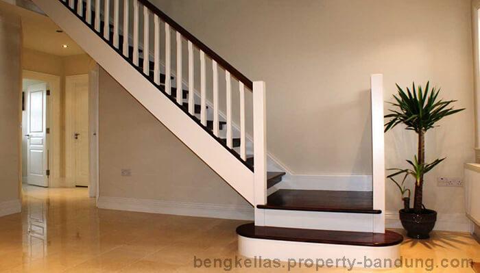 Desain-Railing-Tangga-Rumah-Minimalis